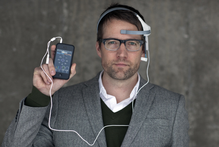EEG-måleren NeuroSky koblet til iPhone